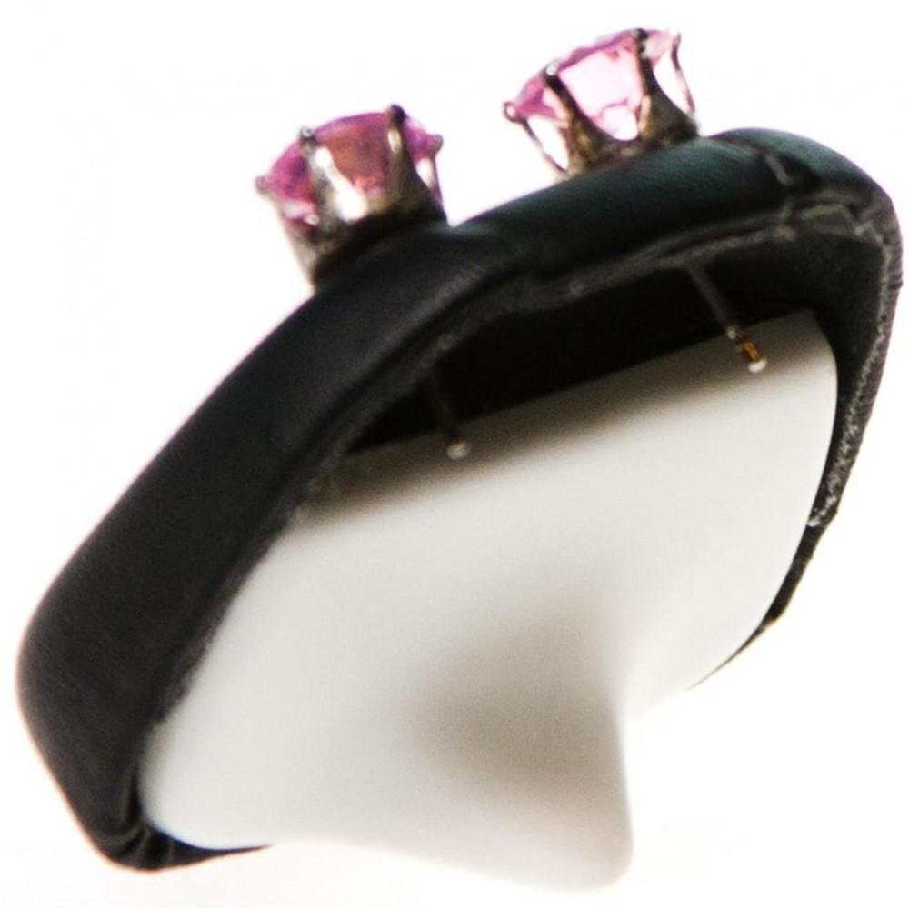mini support boucles d 39 oreilles simili cuir 1 paire h 4 cm. Black Bedroom Furniture Sets. Home Design Ideas
