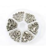 Boite de calottes pour perles Fleurs argentées (180 pièces)